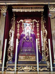 La Virgen de los Reyes, de la Hermandad de los Sastres