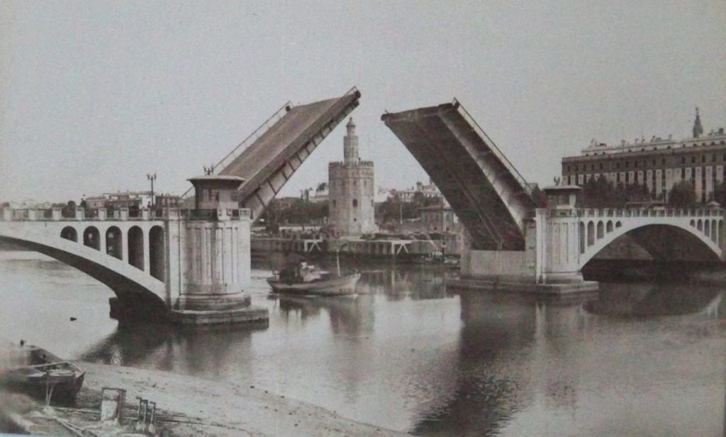 Cuando el Puente de San Telmo era móvil…