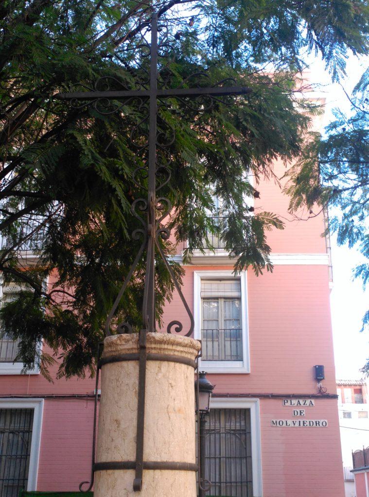 La Cruz de la Plaza de Molviedro