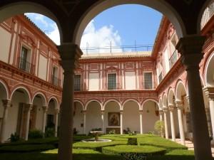 09 Patio principal del Museo de Bellas Artes
