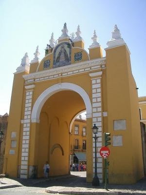01 Arco de la Macarena