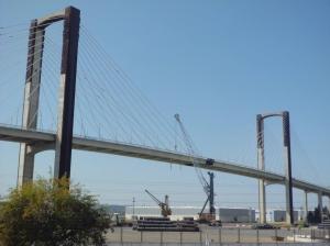 01 Puente del V Centenario
