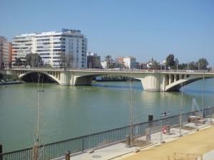 04 Puente de San Telmo