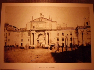 05 Puerta de Triana