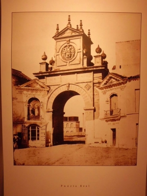 06 Puerta Real